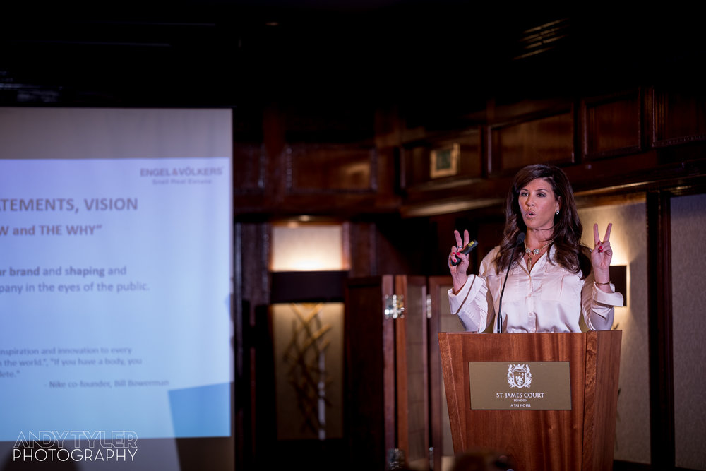 Luxury_Real_Estate_Symposium_2018-38.jpg