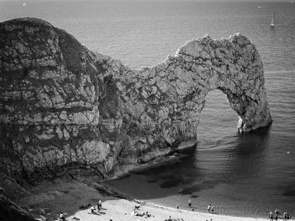 The spectacular rock arch of Durdle Door
