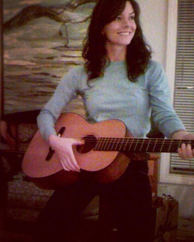 #tbt 2007, when I was pretending to be Ryan Adams. Come pick me UP ...❄️