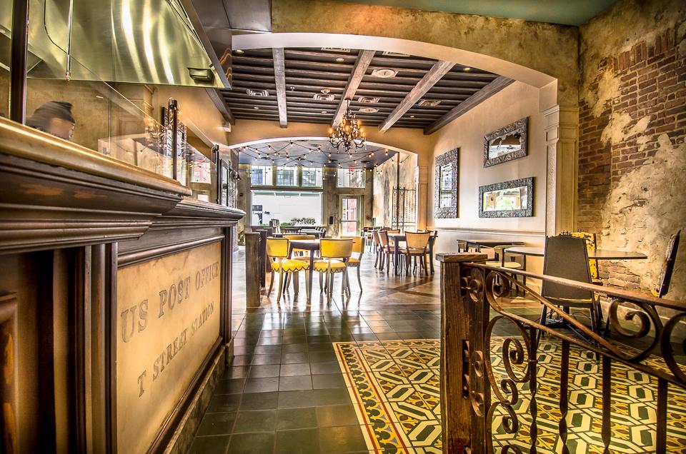 Taqueria Interior.jpg