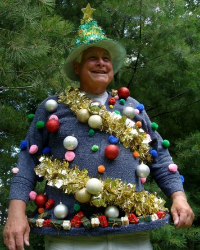8-tree-ugly-christmas-sweater-600-356x446.jpg