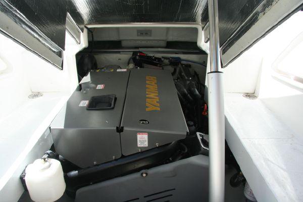 Novurania-21ft-650-custom-04.jpg