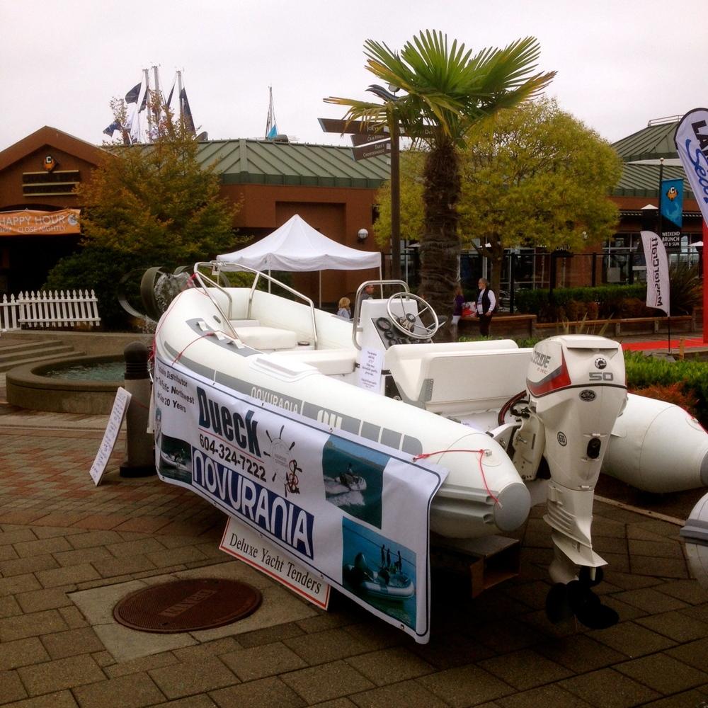 Boats-Afloat-Show-Dueck-Novurania.jpg