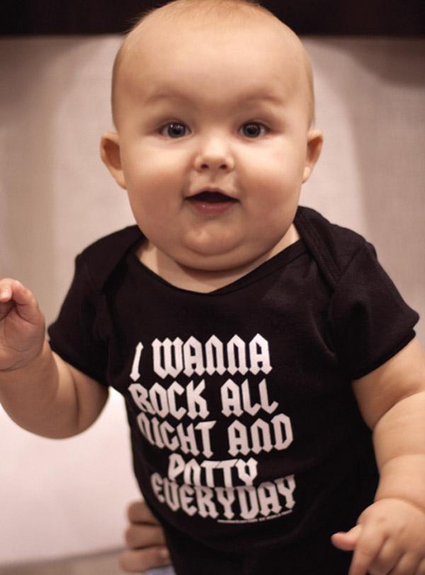 4009BO-I-WANNA-ROCK-ALL-NIGHT-AND-POTTY-EVERYDAY-Baby-Onesie-SIK-WORLD.jpg