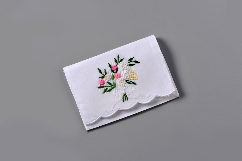 #4009-PTC Hand Embroidered Eyelet Bouquet Personal Tissue Pouch Suggested Retail Price $15