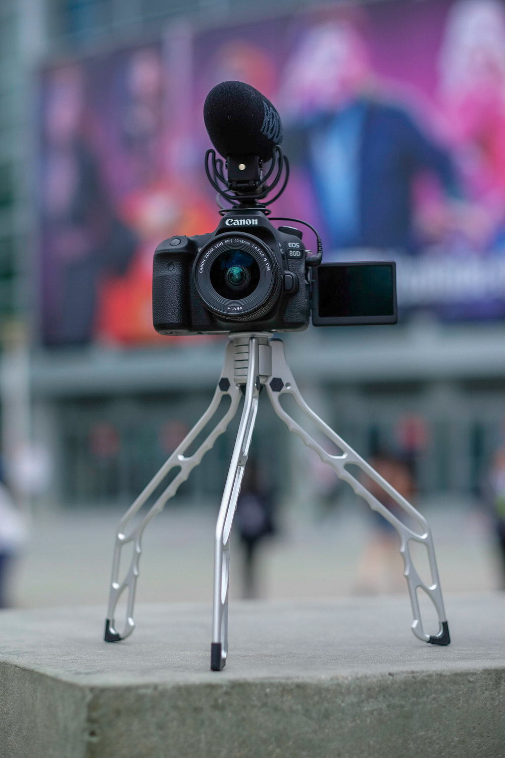 SwitchPod - A Tripod for Vloggers-07.jpg