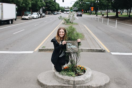Questival Portland :FOUND THE SMALLEST PARK IN THE WORLD!