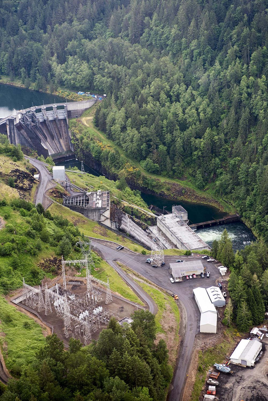 Mayfield Dam complex