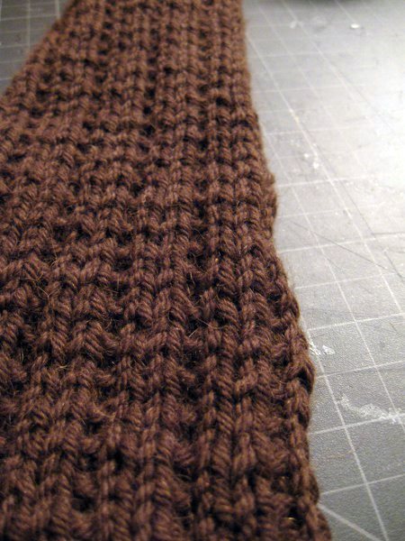 carl knitting rib1.jpg