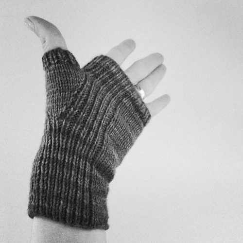 align Mitts by pink brutus knits  -