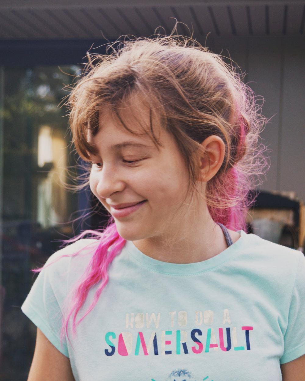 mae pink hair.jpg