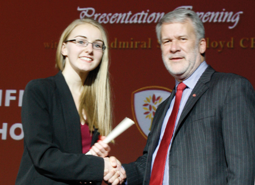 Sophie smout collecting her scroll.