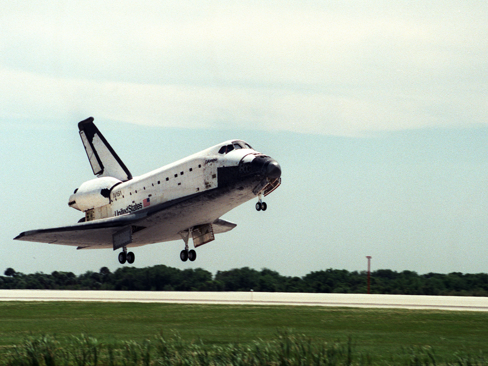 Landing of Columbia at conclusion of STS-83 mission on April 8, 1997.