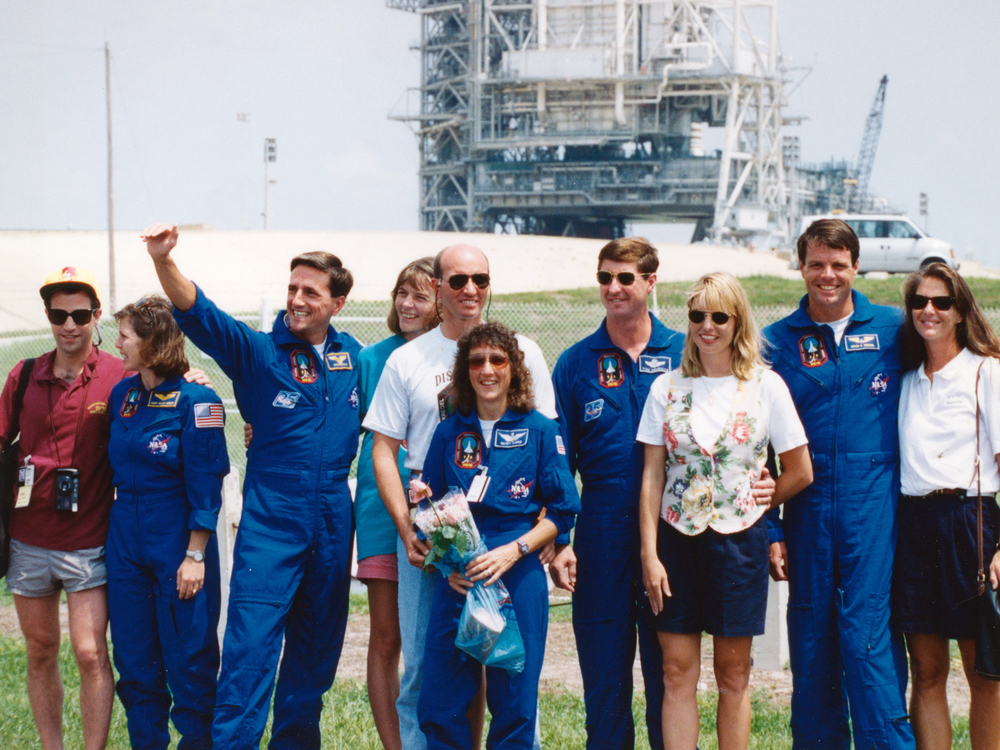 STS-70 crew and spouses at launch pad  (photo Don Thomas)