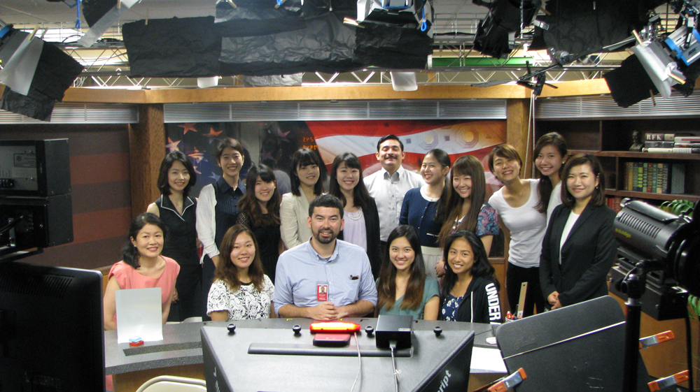 Global Link 2016 students visited NHK's Washington D.C. Bureau on July 20, 2016.