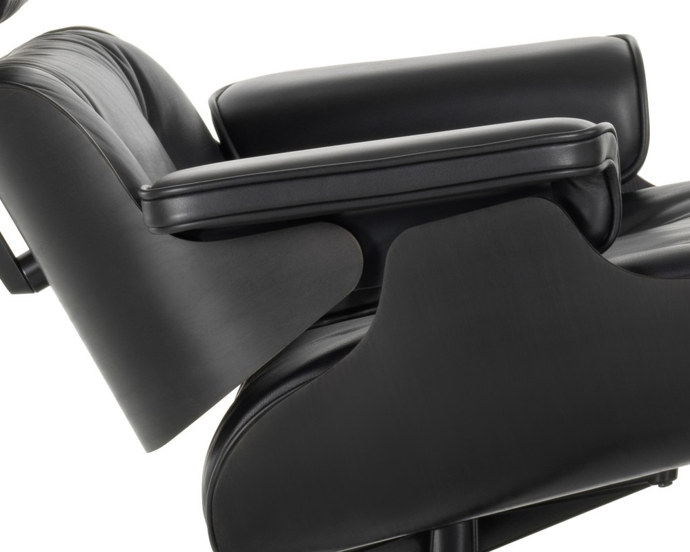 vitra_eames_lounge_chair_close_up_black.jpg