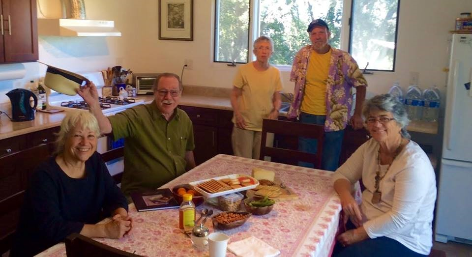 AT THE KITCHEN TABLE (left to right) Ginger Glasky, Charles Mills, Phil and Ina from Santa Barbara, and Linda Mills. (Photo: Buzz Glasky, 2014)