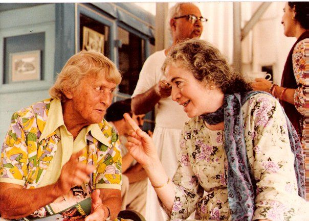 AGNES BARON talking with Mani S. Irani at Meherazad, India, in 1982.  Mani, Meher Baba's sister, was chairman of the Avatar Meher Baba Perpetual Public Charitable Trust (AMBPPCT). In the background is Bhau Kalchuri, another close disciple of Avatar Meher Baba. (Photo: Amy Nadel Romanczuk)