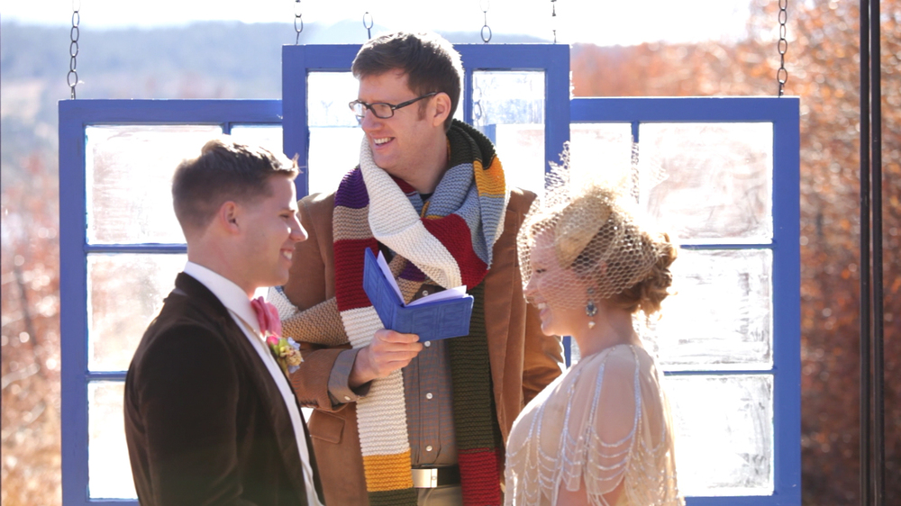 doctor-who-wedding-scarf-picture.jpg