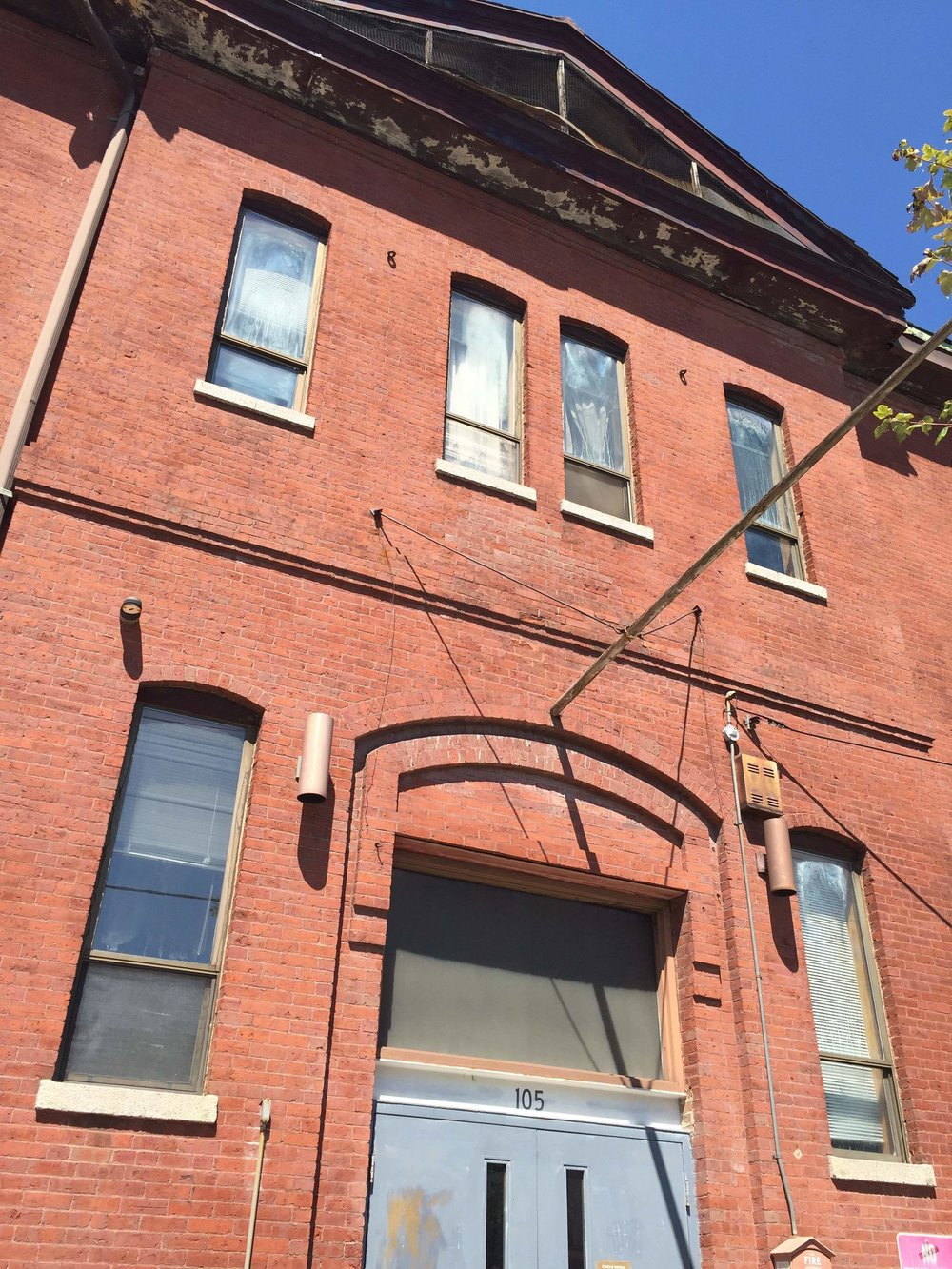 105 Windsor Street, formerly the Boardman School of Cambridge front door entrance