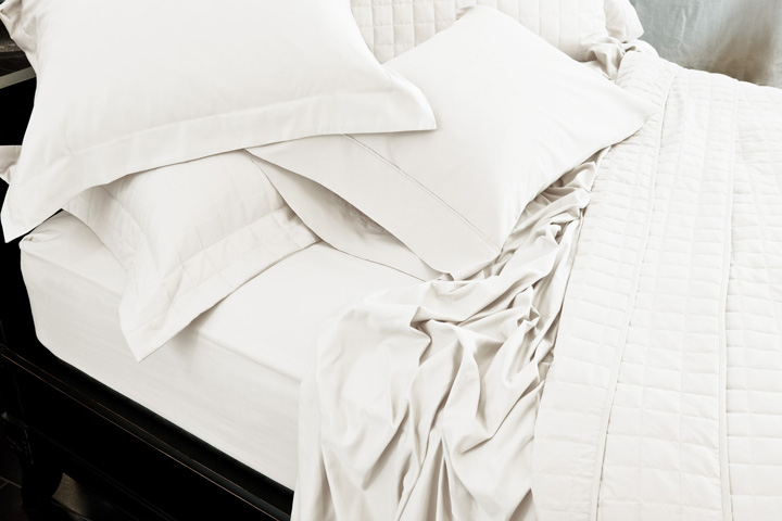 comphy-Bed-White-720.jpg