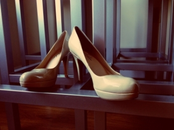 Neutral heels go well with all colors/tones