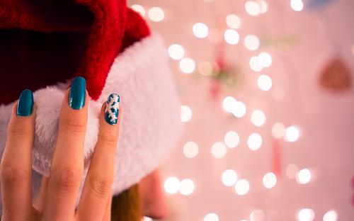 """Close up of the """"Snowflake-Close-Up"""" Nail Art"""