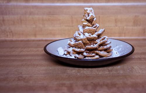 Chocolatey, peanut butter-y, and cinnamon-sugar-y deliciousness in the form of a pinecone