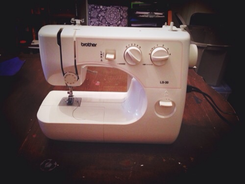 Ye ol' sewing machine (it hates me...)
