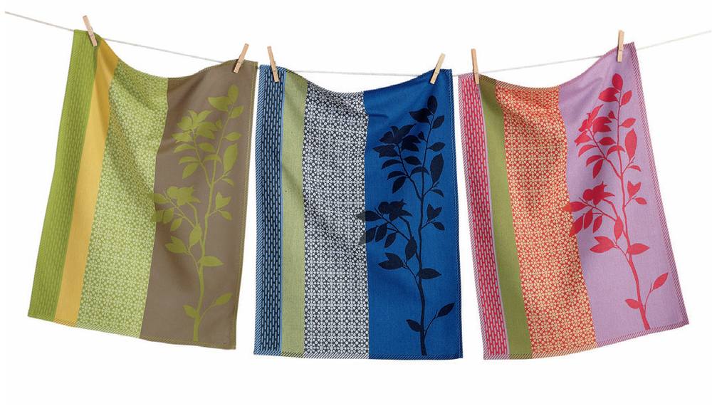 not all tag dishtowels are made in india. these jacquards were produced in portugal, and tag works with other producers around the world.