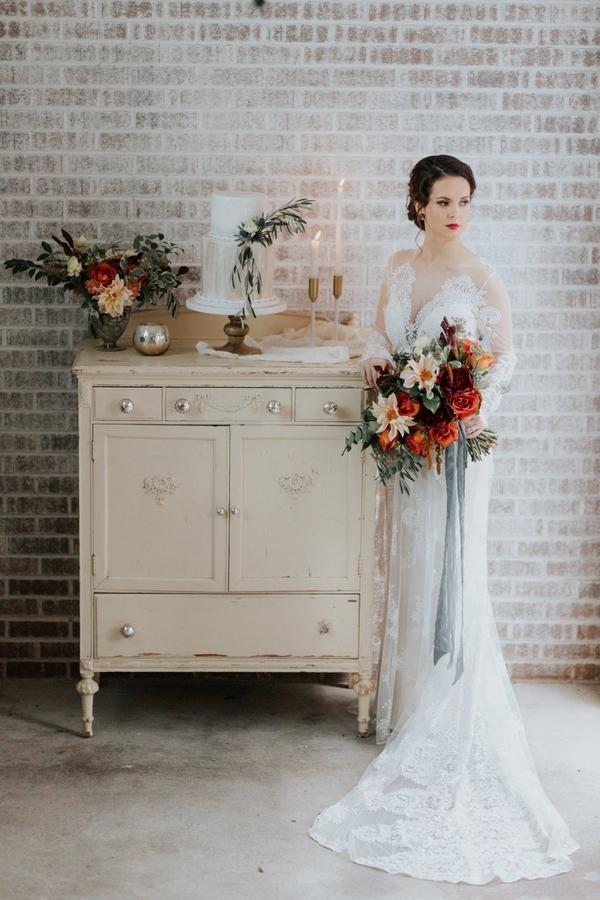 Bold Hues & Romantic Styled Shoot  Photo By J Christina Photography  Featured on The Perfect Palette