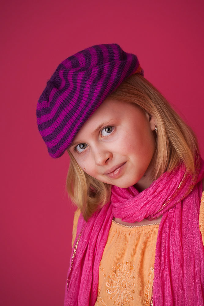 Concord_studio_portrait_fashion_girl_pinkx.jpg