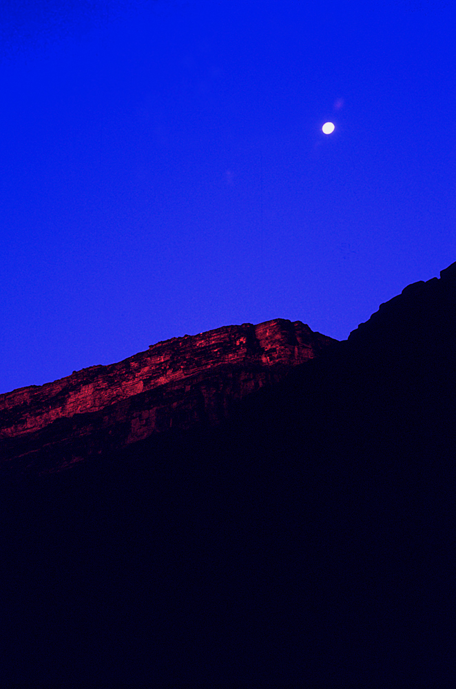 2b moon over canyon2.jpg