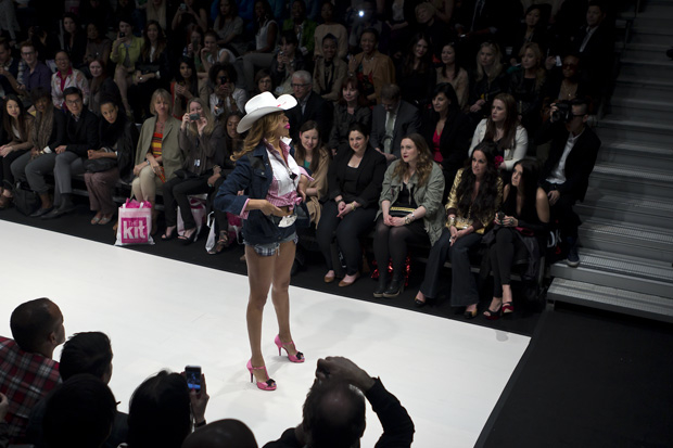 STACEY MCKENZIE- BUSTLE SHOW- FASHION WEEK.jpg