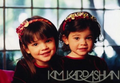 kim-kardashian-jenner-family-christmas-card-11-492x340.jpg