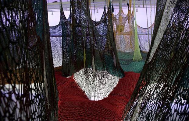 Ernesto-Neto-Installation-011.jpg