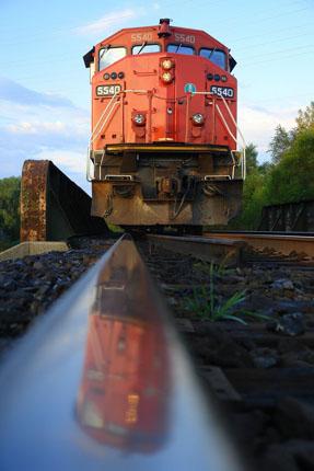 rail serve.jpg