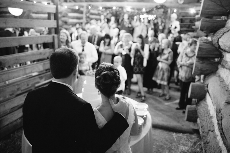 JoshMcCullock_Tulsa_barn_wedding-40.jpg