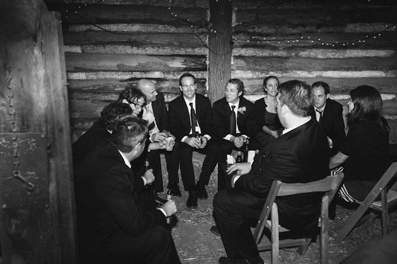 JoshMcCullock_Tulsa_barn_wedding-44.jpg
