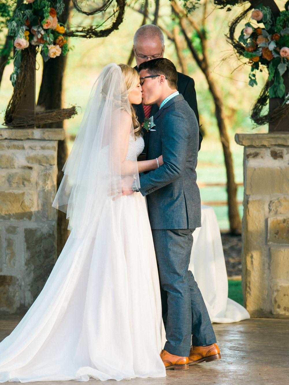 Chisolm_Springs_Wedding_OKC_Film_photographer-14.jpg