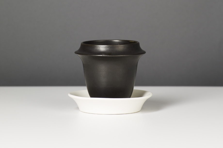 VERT_DESIGN_STUDIO_GREEN_RICE_CUP.jpg