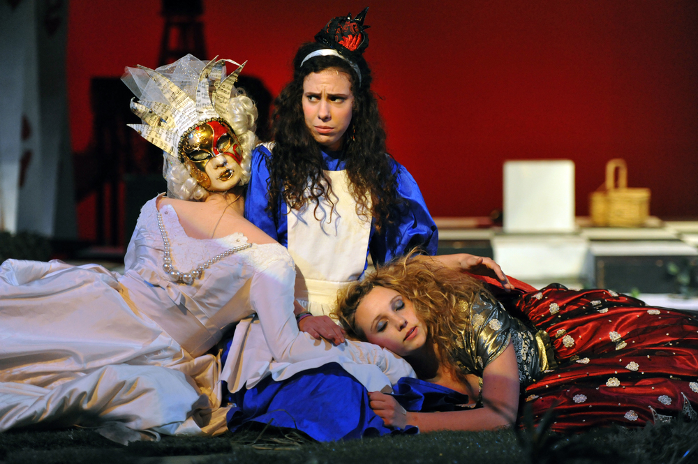 Alice in Wonderland at Santa Barbara High School, Fall 2011. Photo Courtesy of Kristi Sestak