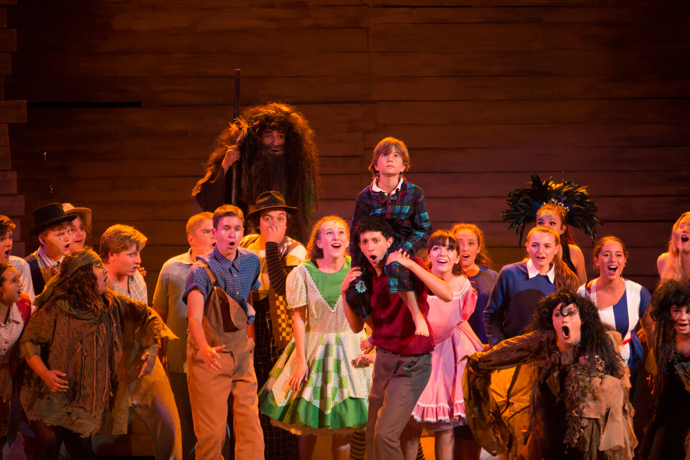 Big Fish: The Musical at Santa Barbara High School Theatre, Fall 2014. Photo: © Isaac Hernandez/PhotographybyIsaac.com