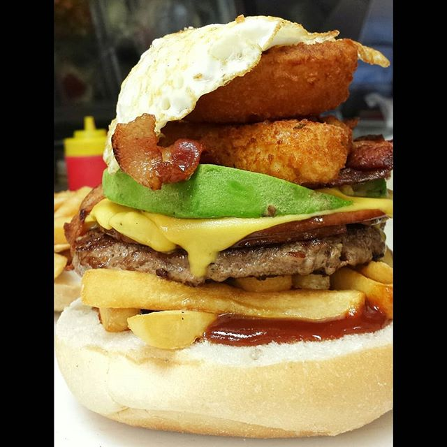Who is ready for weekend loading.... . NAME - Jersey Big Boy Burger PLUS (add avacado) . 📍@sandwichtimedeli . 👇 follow 👇 Tag your friends 👇 . #jerseybigboyburger #goodmorning #breakfasttime #lunch #texmex #woodbridge #bridgewater #keasbey  #nj #usa #sandwichtimedeli #eeeeeat #njfood #njfoodie #forkyeah #devourpower #foodisfuel #buzzfeedfood #huffposttaste #spoonuniversity #bestofnj #yummy #food #bacon #avacados