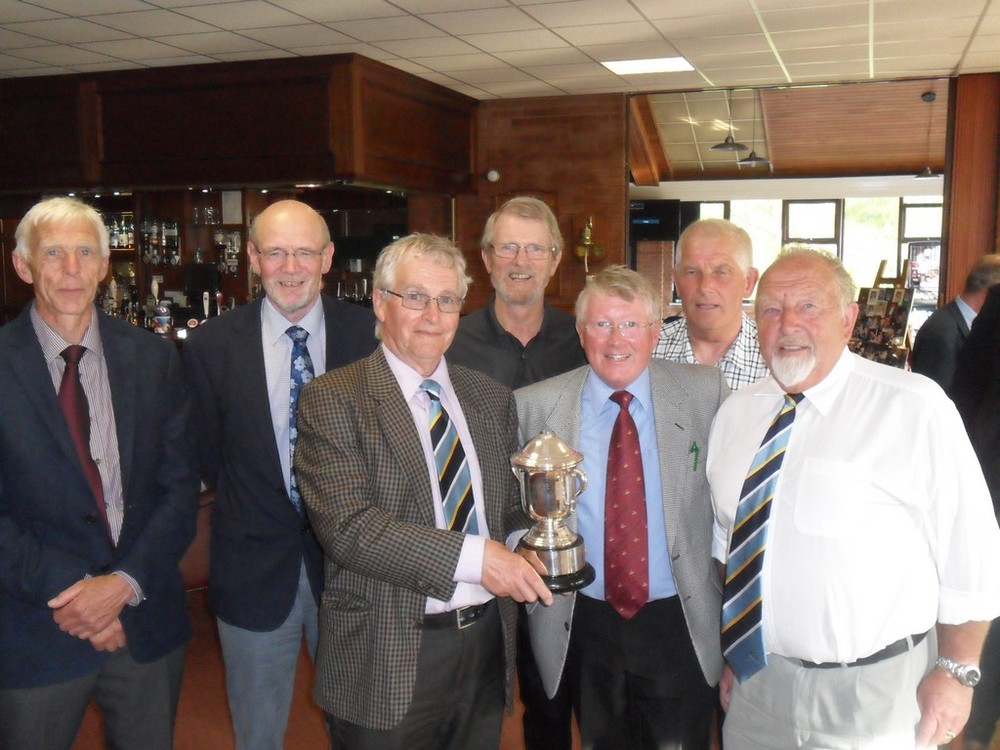 Winners 2015 Rookery Park: Left to Right. A Bidwell, J Neeve, G Moore, J Reynolds, W Groves, N Rodwell, K Bagot. Missing from Photo: C Wilderspin, J Almond, C Smith, & P Clappison.