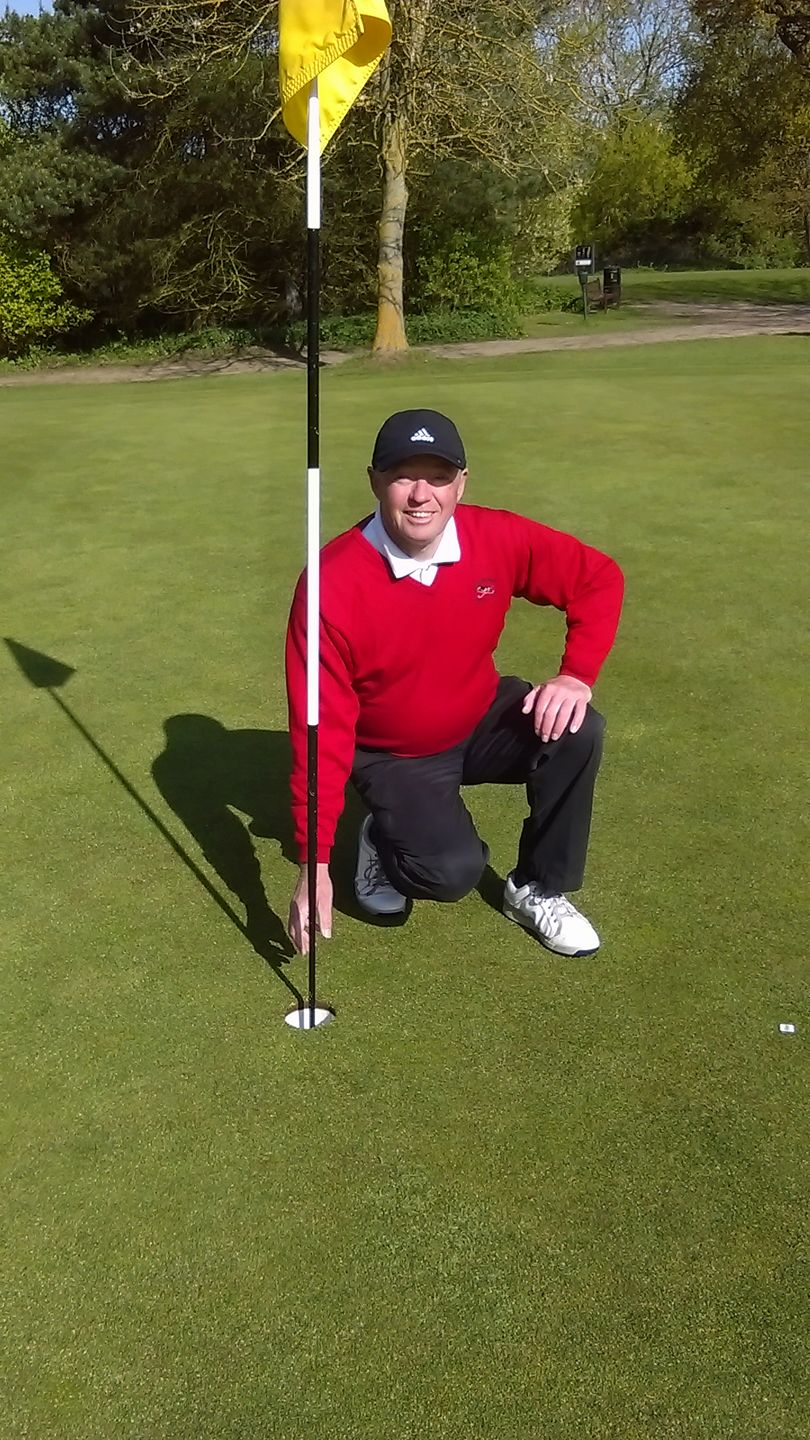 Andy Crisp: Hole in One on the 4th at Rookery Park GC
