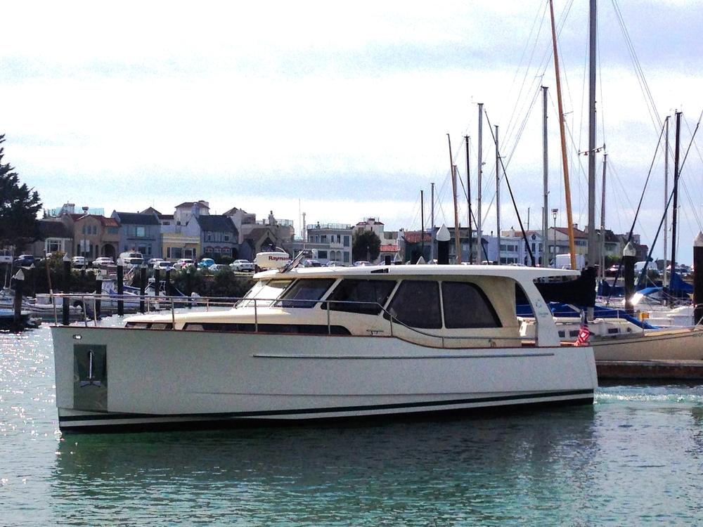 2011 Greenline Hybrid 33'