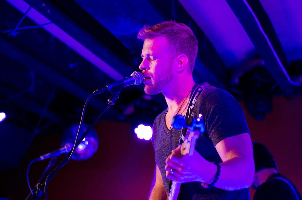 Mike Hill, Vocals/Rhythm Guitar