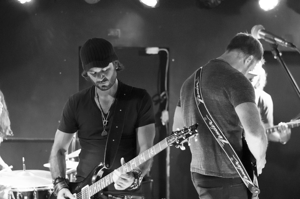 Mark Minicucci, Lead Guitar