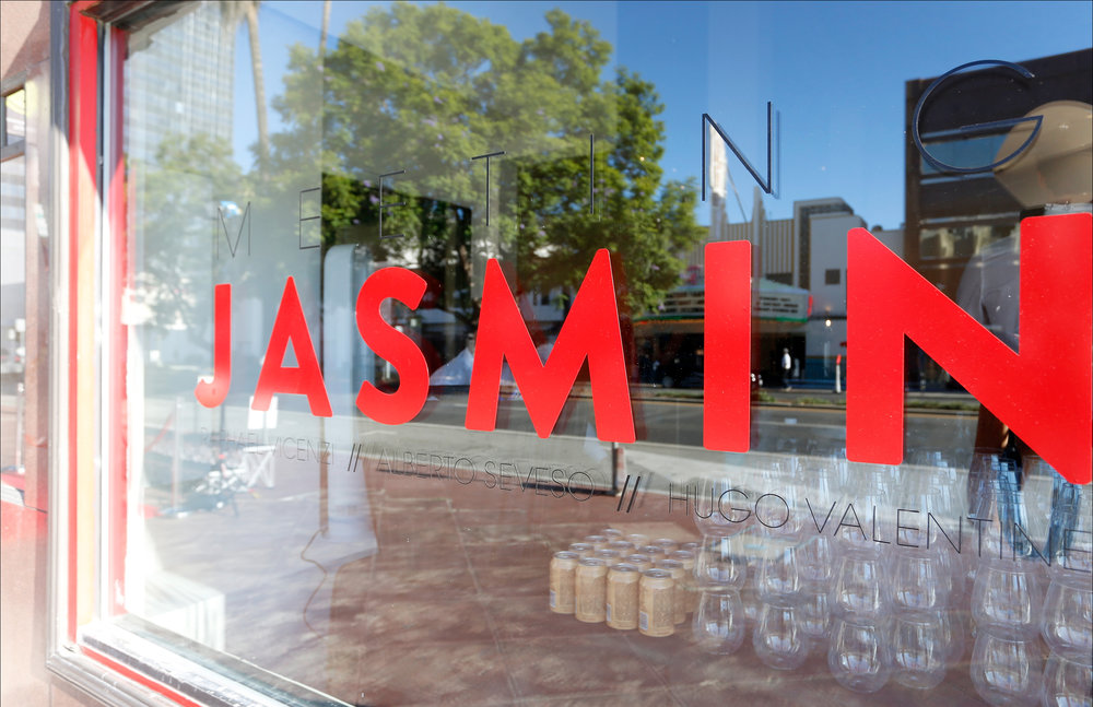 1316-Meeting Jasmin Retrospective Deck_Mockup2.jpg